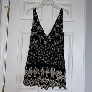 American Eagle embroidered V neck tank top
